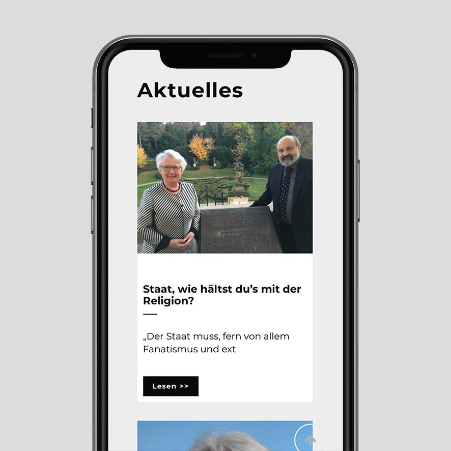 Annette Schavan Website auf iPhone